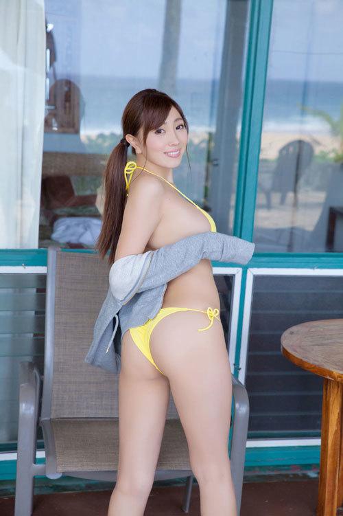 森咲智美エロ過ぎるお姉さんGカップおっぱい26