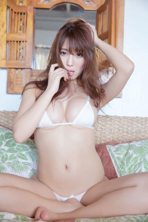 森咲智美エロ過ぎるお姉さんGカップおっぱい36