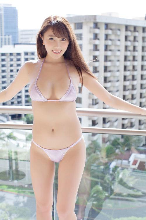 森咲智美エロ過ぎるお姉さんGカップおっぱい47