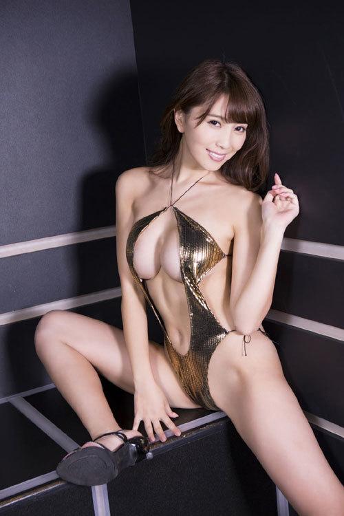 森咲智美エロ過ぎるお姉さんGカップおっぱい84