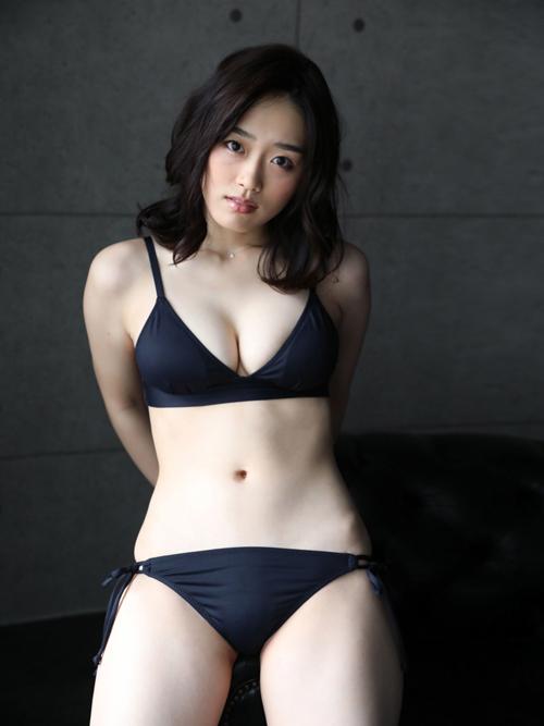 清水綾乃 Fカップおっぱい!!(元AKB梅田綾乃)