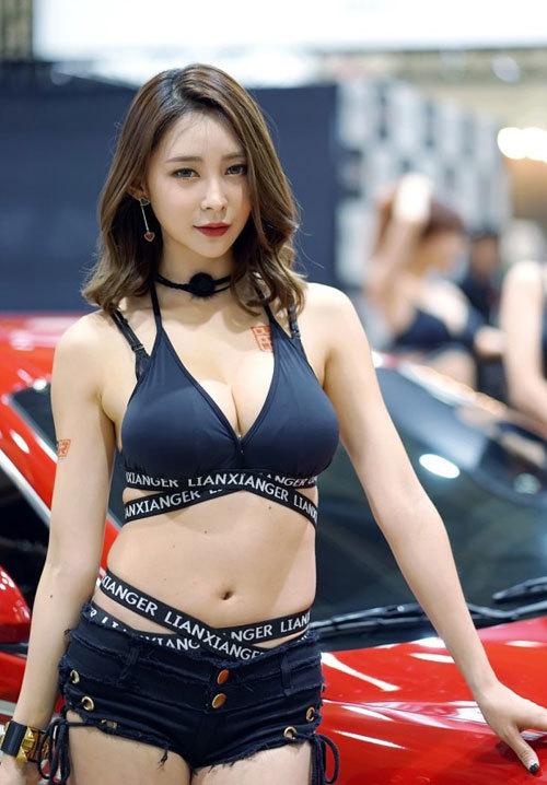股間が正直になる韓国のキャンギャル画像 part15