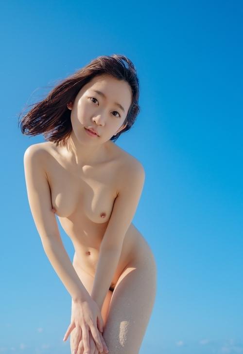 彼女にして甘やかしたいw オヤジキラーな透明感ある美少女ヌードグラビア 130枚