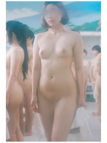 女体モデル
