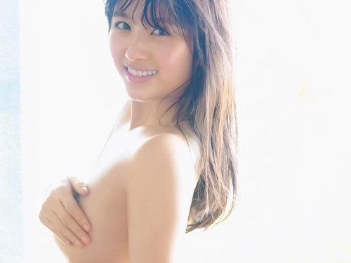 元AKB大和田南那セミヌード!!