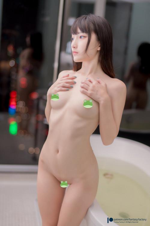 台湾の美人コスプレイヤー「1000RTしたら無修正を公開」→無事公開!