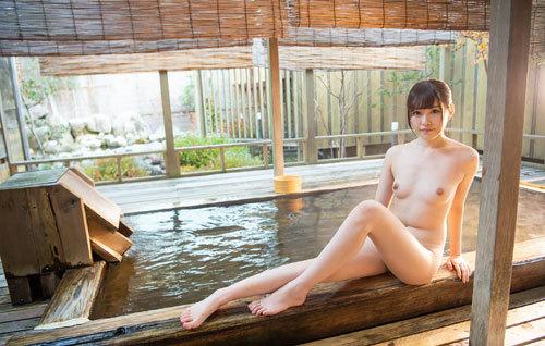 橋本ありなCカップ美乳おっぱい75