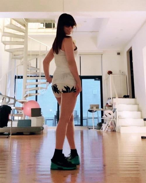 【速報】深田恭子さん、デカ過ぎるプリプリお尻ダンスをやけくそ公開wwww全裸ヌード5秒前wwwww