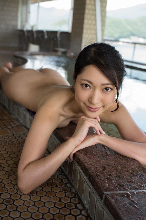 【ポスト壇蜜】三田羽衣 ヌードになったけど着エロのむっちり尻と、鼠径部マン肉のはみ出しっぷりの方がシコい!イメージグラビア画像 180枚