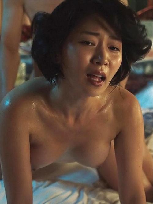 【ヌード速報】女優・階戸瑠李(30)の乳首丸出しヌード濡れ場が高画質で流出!元グラドルが遂に晒したB地区!