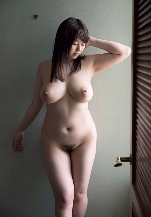 【画像あり】Jカップ爆乳AV女優・松本菜奈実さん、今年のハロウィンはSEXの相手が見つからず欲求不満になる