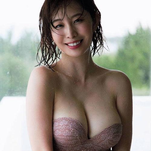 塩地美澄 Gカップのおっぱいが凄い爆乳女子アナ2年ぶりにグラビア復帰