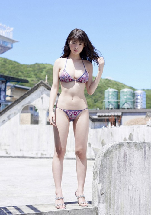 【馬場ふみか】NHK「決してマネしないでください。」に出演・Eカップ巨乳グラビア