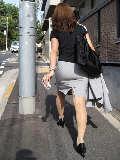 大人なタイトスカートのおしり★エロ画像49枚