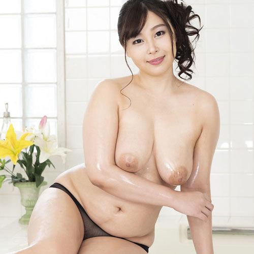 小川桃果 Gカップのムチムチ巨乳おっぱいで奉仕してくれる極上泡姫物語