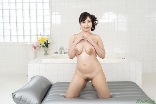 小川桃果Gカップ巨乳おっぱい7