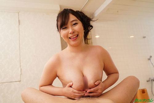 小川桃果Gカップ巨乳おっぱい18