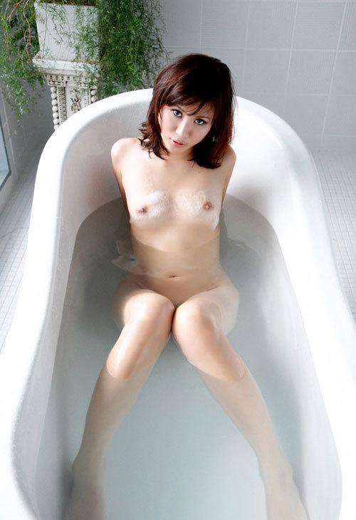 お風呂に一緒に入っておっぱい揉みまくりたい23