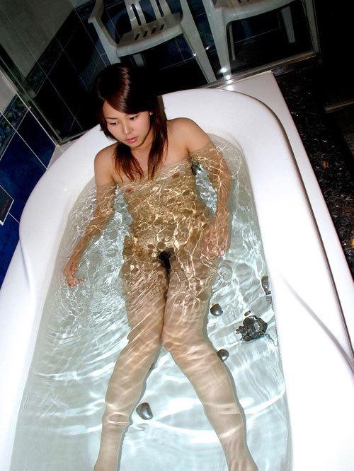 お風呂に一緒に入っておっぱい揉みまくりたい24