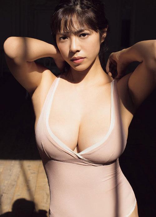 わちみなみHカップ爆乳おっぱい女神ボディ39