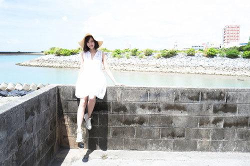岡田紗佳モデルでプロ雀士Gカップのおっぱい2