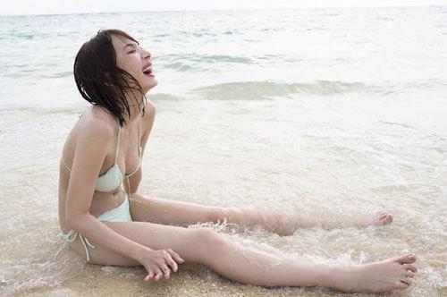 岡田紗佳モデルでプロ雀士Gカップのおっぱい75