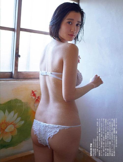 岡田紗佳モデルでプロ雀士Gカップのおっぱい81