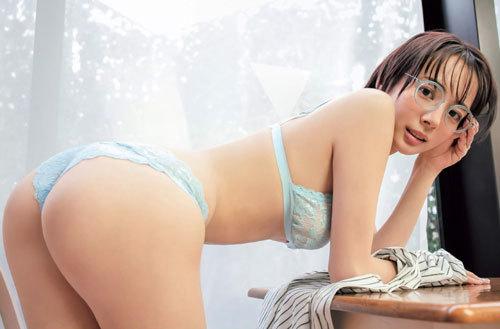 岡田紗佳モデルでプロ雀士Gカップのおっぱい90