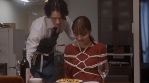 内田理央さん、セフレに墜ちる・・・イラマチオにアナルプレイだと!
