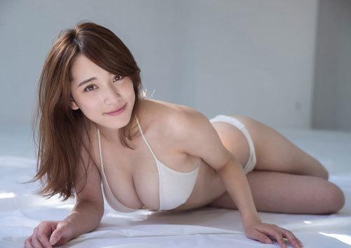 都丸紗也華Fカップのデカすぎる巨乳おっぱい91