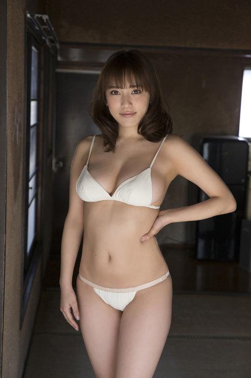 都丸紗也華Fカップのデカすぎる巨乳おっぱい143