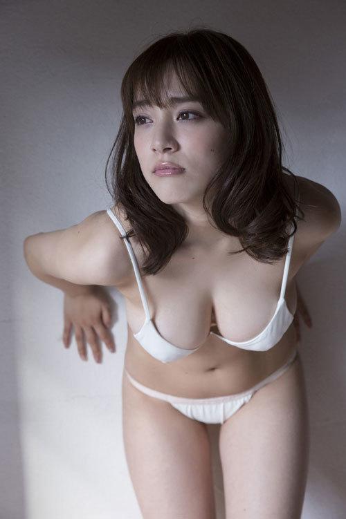 都丸紗也華Fカップのデカすぎる巨乳おっぱい144