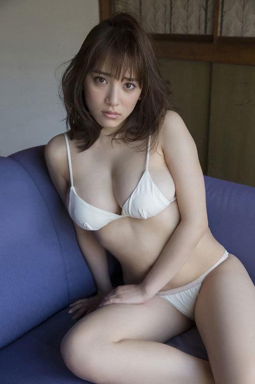 都丸紗也華Fカップのデカすぎる巨乳おっぱい149