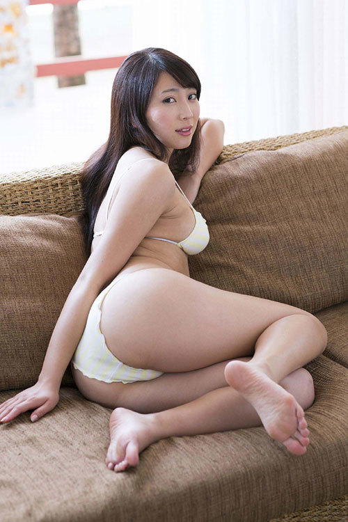 森咲智美Gカップの隠しきれない巨乳おっぱい37
