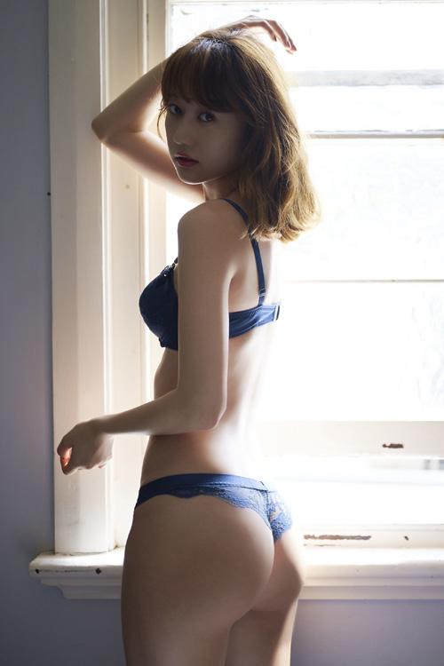 高田秋(たかだしゅう) ケツ出しTバック!!!