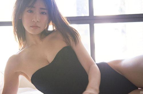 東京理科大卒のインテリ美女 福岡みなみがグラビア降臨。画像×11