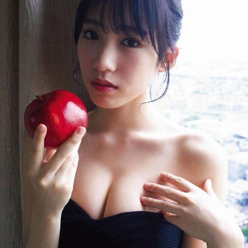 NMB48横野すみれ おっぱいの谷間が凄い美巨乳グラビアがエロ過ぎる