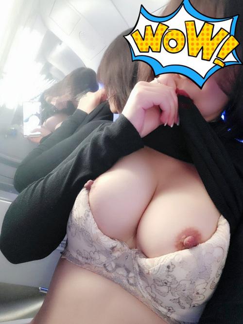 韓国系の乳撮りエロ画像 part4
