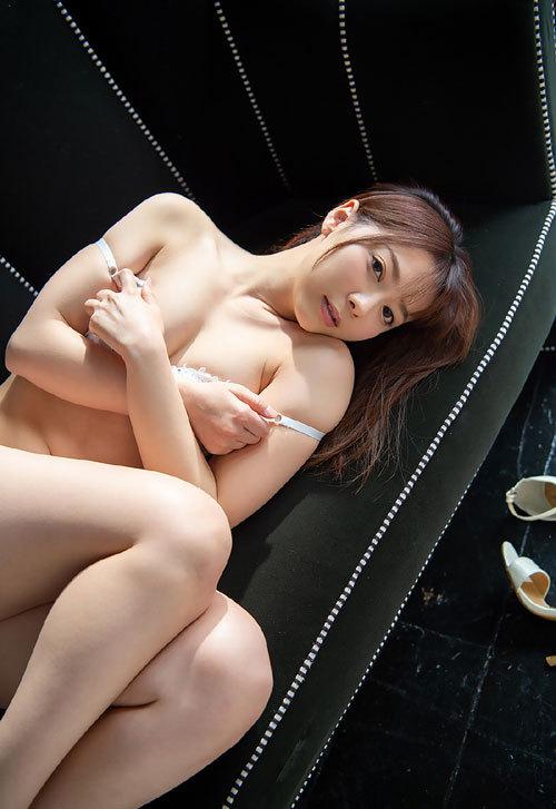 岬ななみDカップ美乳おっぱい12