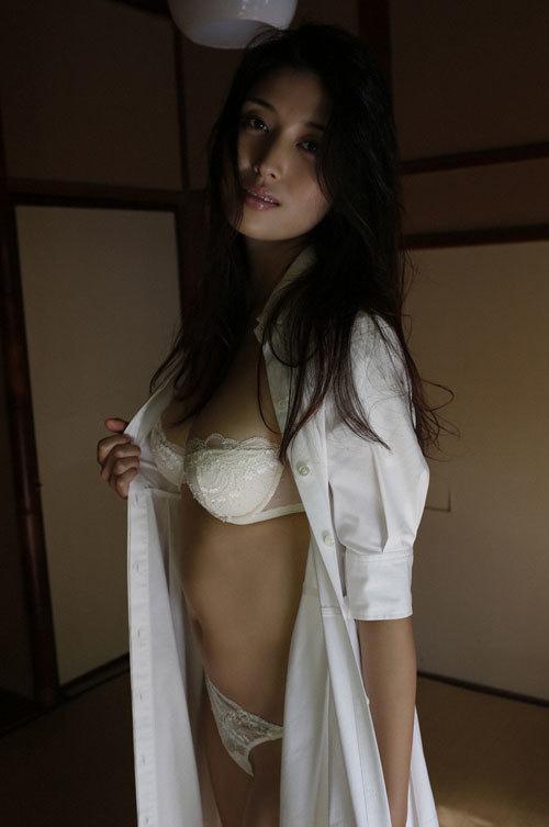 橋本マナミGカップおっぱいの人妻が妊婦さん20