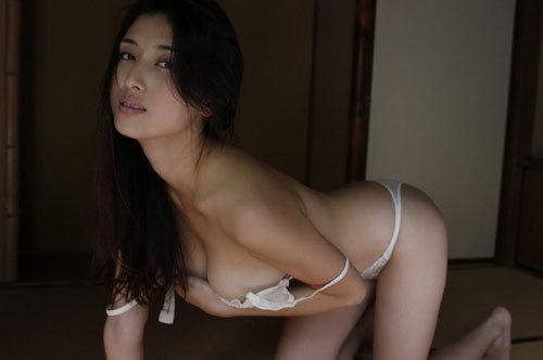 橋本マナミGカップおっぱいの人妻が妊婦さん24