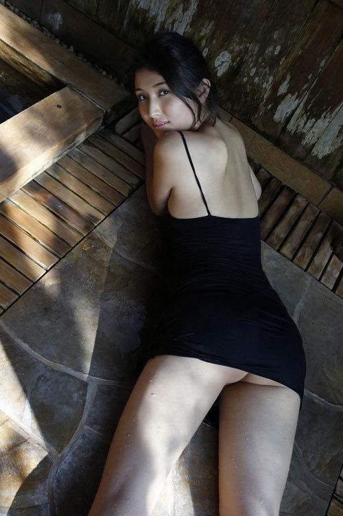 橋本マナミGカップおっぱいの人妻が妊婦さん35