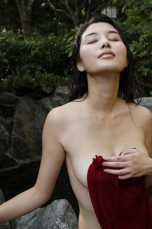 橋本マナミGカップおっぱいの人妻が妊婦さん38