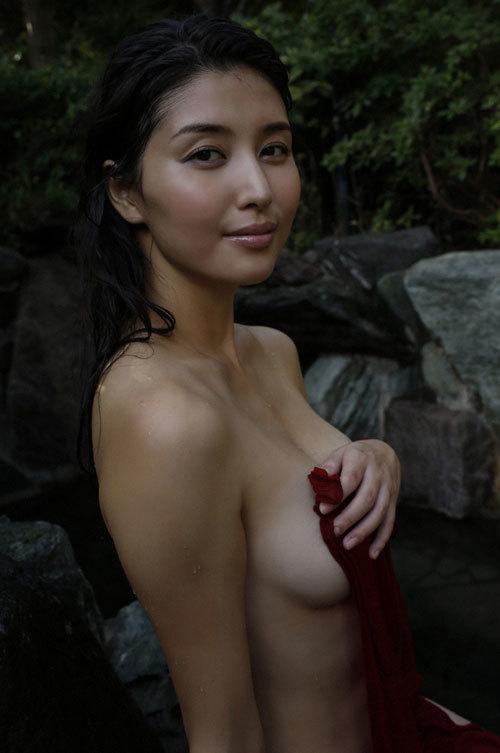 橋本マナミGカップおっぱいの人妻が妊婦さん40