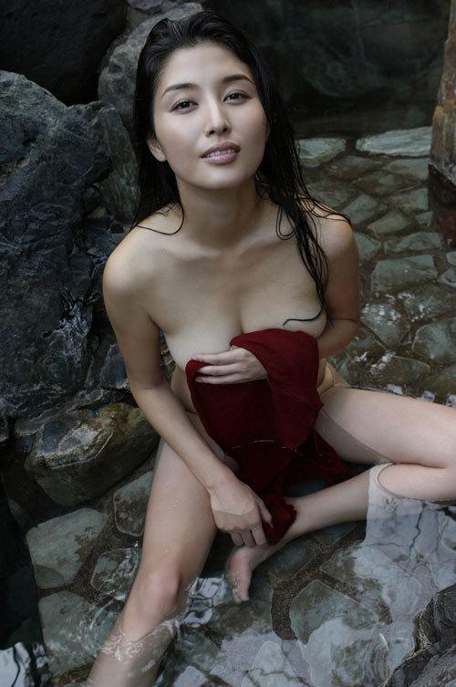 橋本マナミGカップおっぱいの人妻が妊婦さん43
