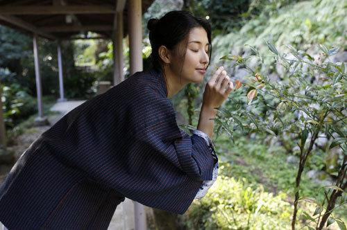 橋本マナミGカップおっぱいの人妻が妊婦さん46