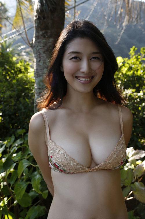 橋本マナミGカップおっぱいの人妻が妊婦さん65