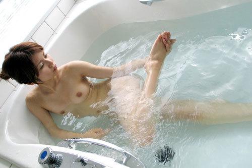 お風呂に一緒につかりおっぱいで癒やされたい5