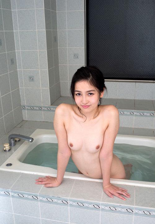 お風呂に一緒につかりおっぱいで癒やされたい8