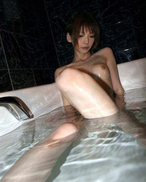 お風呂に一緒につかりおっぱいで癒やされたい23